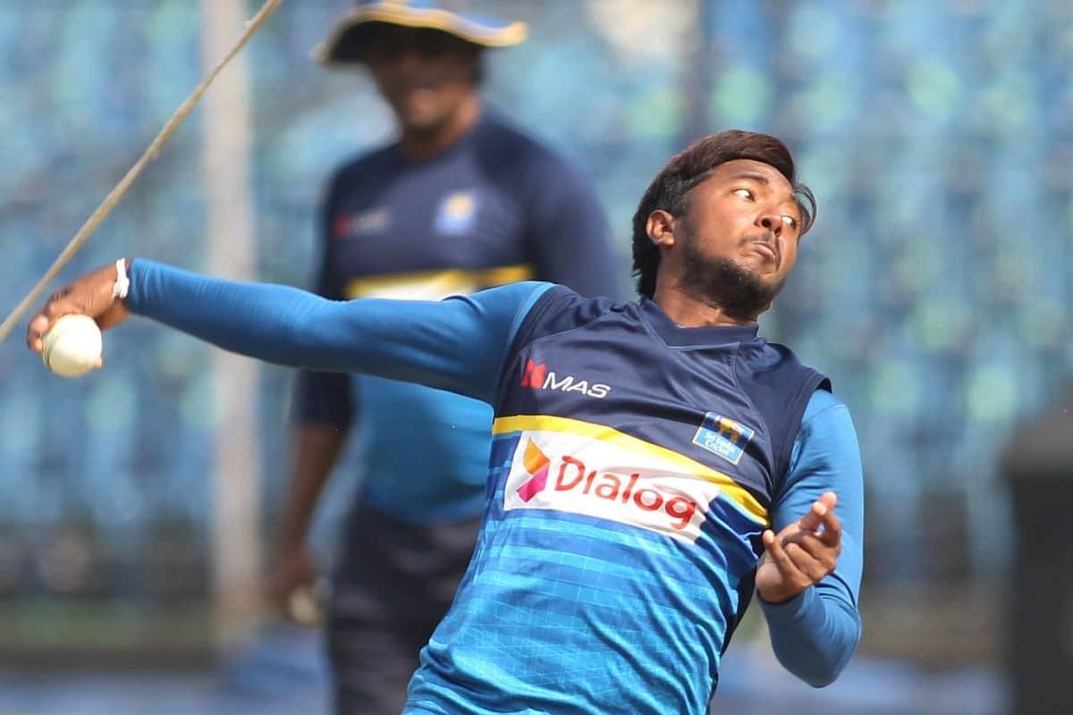 image for cricket akila dananjaya bowling action
