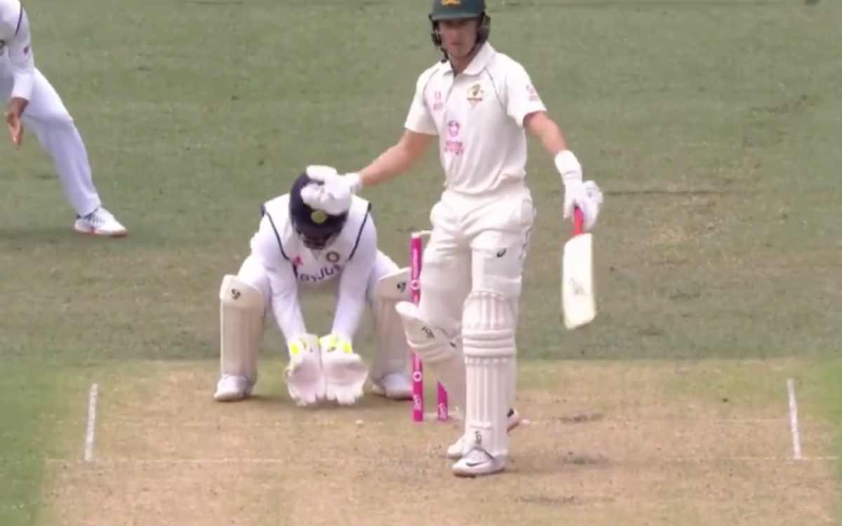 ind vs aus sydney test ravichandran ashwin took a false start marnus labuschagne was not happy video