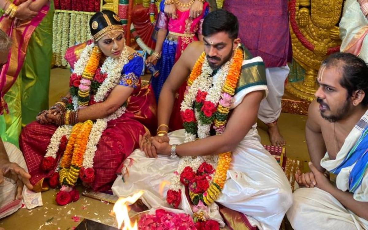 Cricket Image for Vijay Shankar: टीम इंडिया के '3D खिलाड़ी' ने भी की शादी, सनराइजर्स हैदराबाद