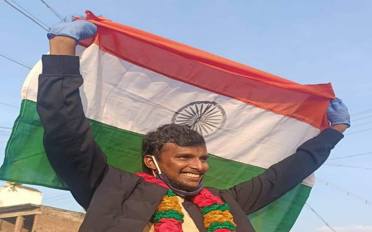 Indian cricket player Natarajan gets emotional welcome from his love ones