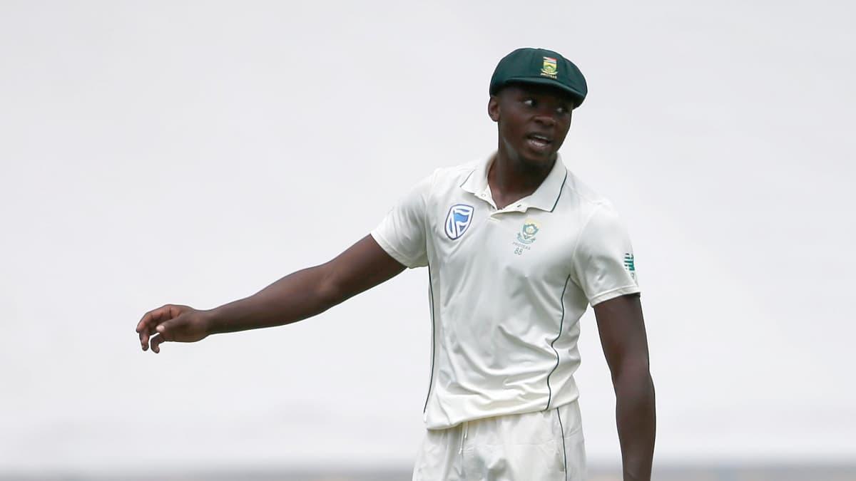 Pak vs SA Pakistan trail by 187 runs after 1st day