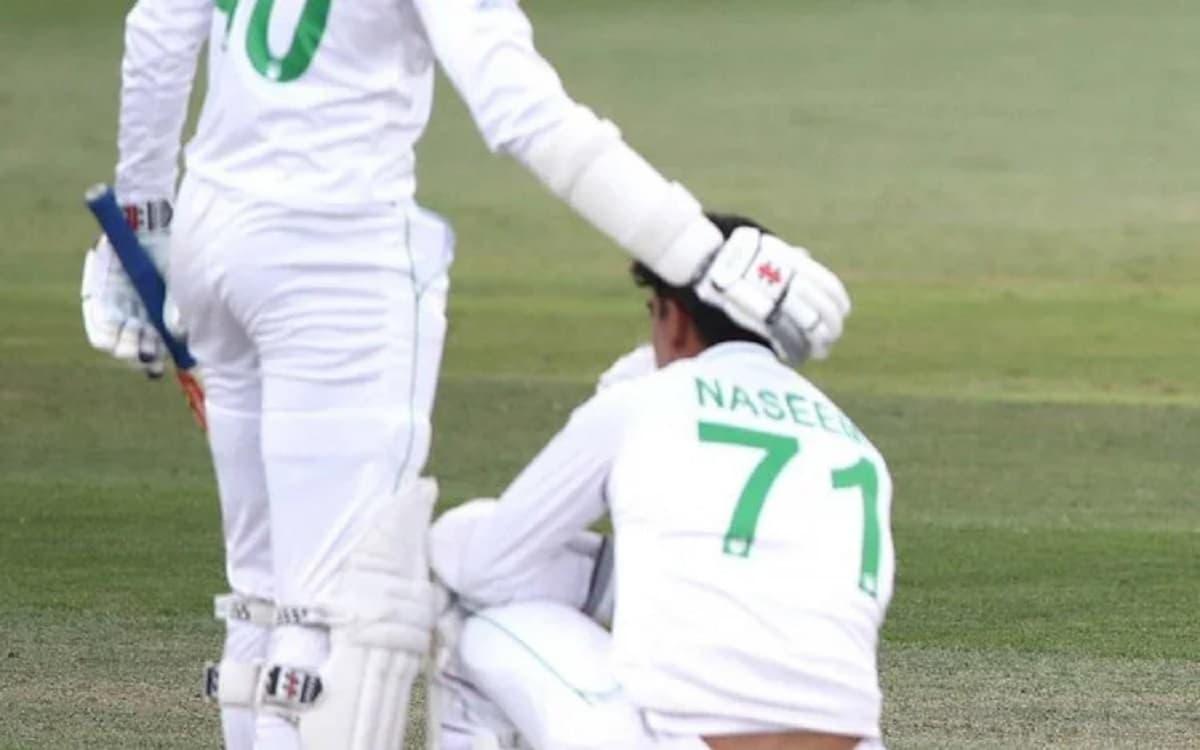 Image of Cricket Naseem Shah and Mohammad Abbas