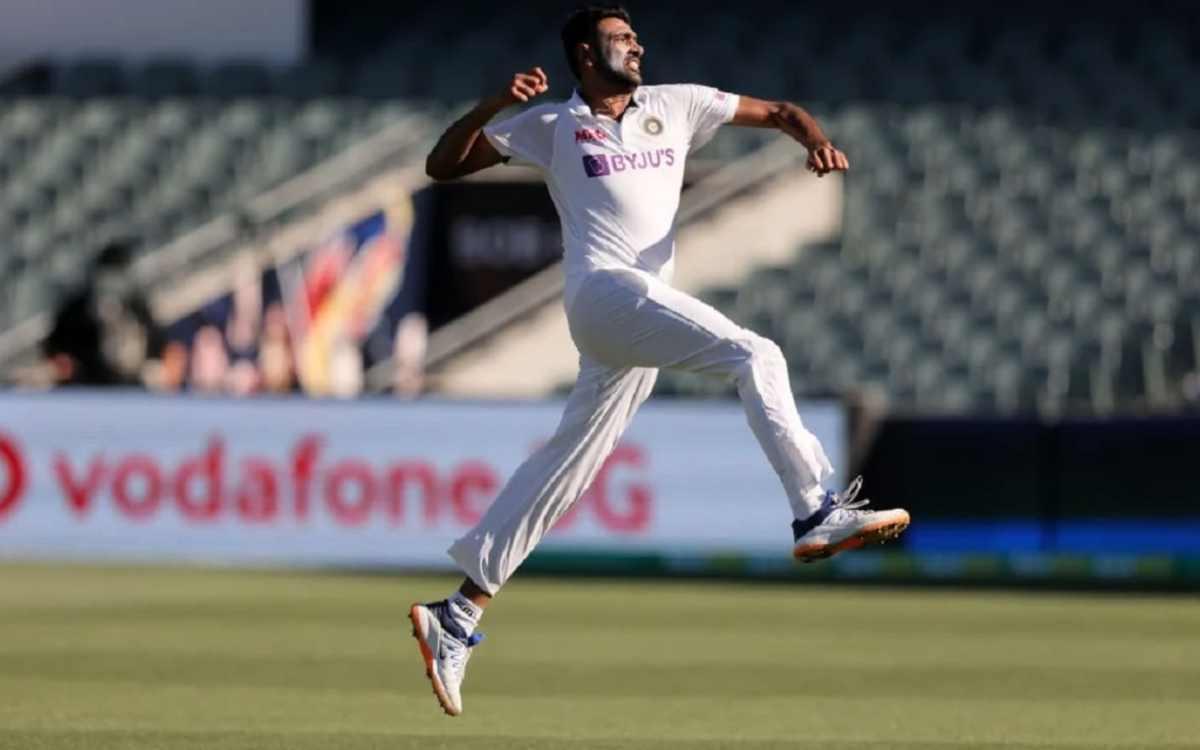Cricket Image for ਅਸ਼ਵਿਨ ਨੇ ਕੀਤਾ ਵੱਡਾ ਖੁਲਾਸਾ, ਕਿਹਾ- ਭਾਰਤੀ ਖਿਡਾਰੀਆਂ ਨੂੰ ਉਸ ਲਿਫਟ ਵਿਚ ਐੰਟਰੀ ਨਹੀਂ ਮਿਲਦੀ