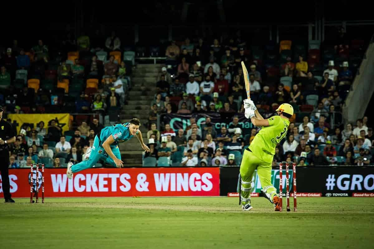 Cricket Image for Sydney Thunder Score 158/8 Against Brisbane Heat In The BBL Knockout