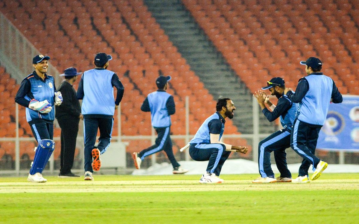 Cricket Image for  Syed Mushtaq Ali Trophy: Preview Of Tamilnadu Vs Baroda Final