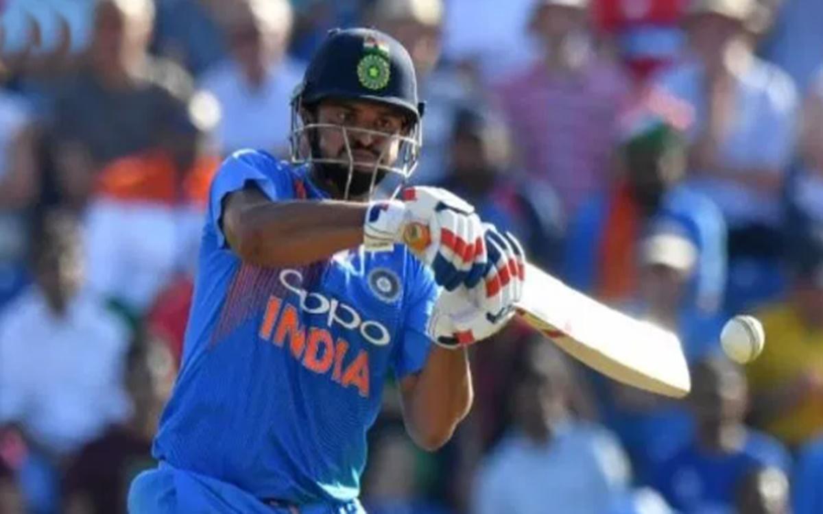 Cricket Image for Chennai Super Kings Batsman Suresh Raina Scores 104 Of Just 46 Deliveries