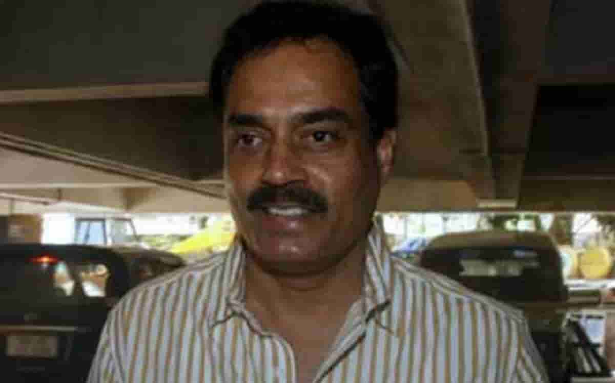 Cricket Image for Bat Has To Be 1st Line Of Defence On Such Wickets: Dilip Vengsarkar