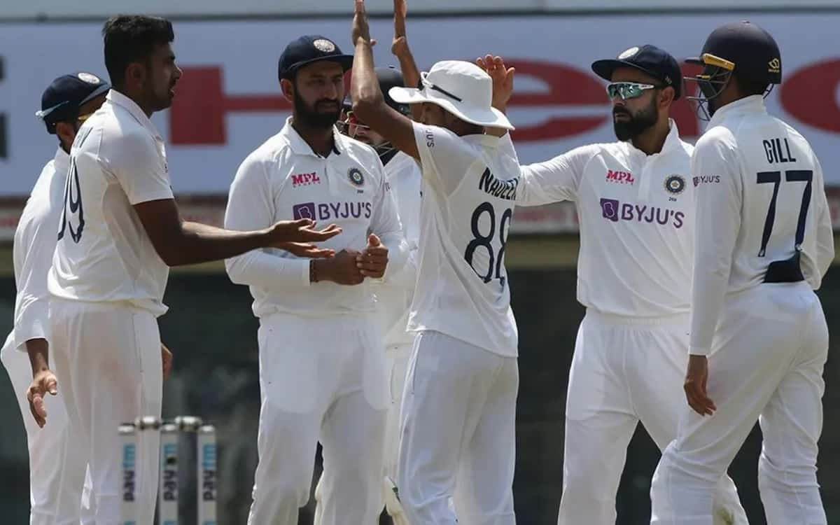 England are all out for 178. India need 420 runs to win the first Test