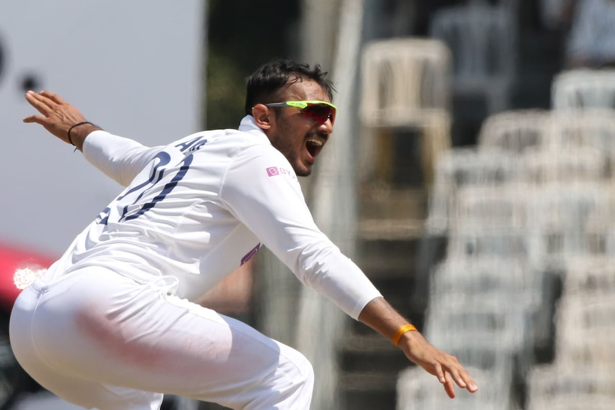 IND vs ENG: Record made by Axar Patel in debut  test