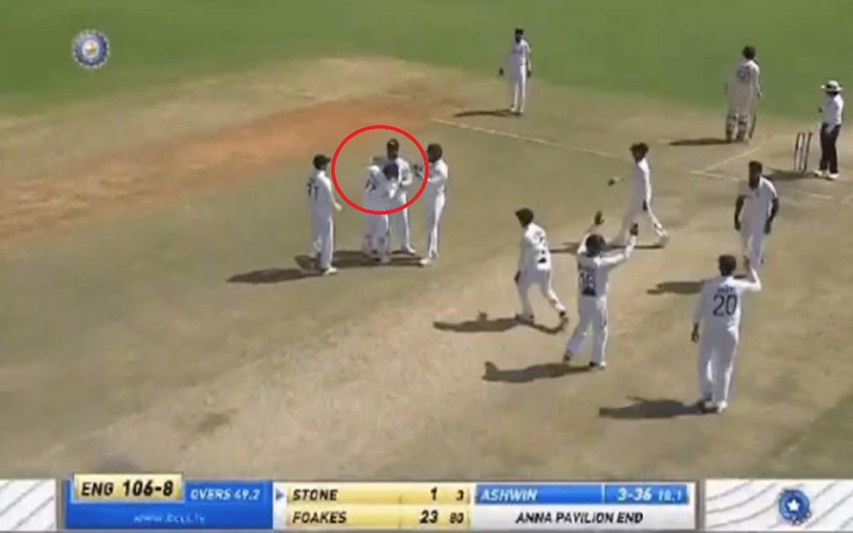 Cricket Image for Rohit Sharma Slaps Rishabh Pant On His Head