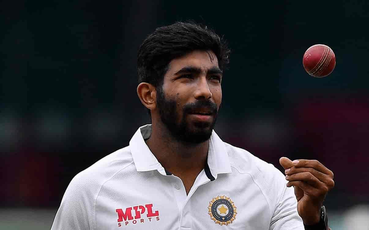 Cricket Image for जसप्रीत बुमराह ने बनाया अनोखा रिकॉर्ड, भारत में पहला टेस्ट खेलते ही जवागल श्रीनाथ
