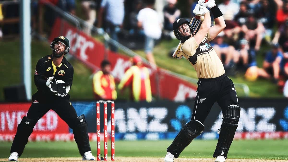 New Zealand beat Australia by 4 runs in 2nd T20