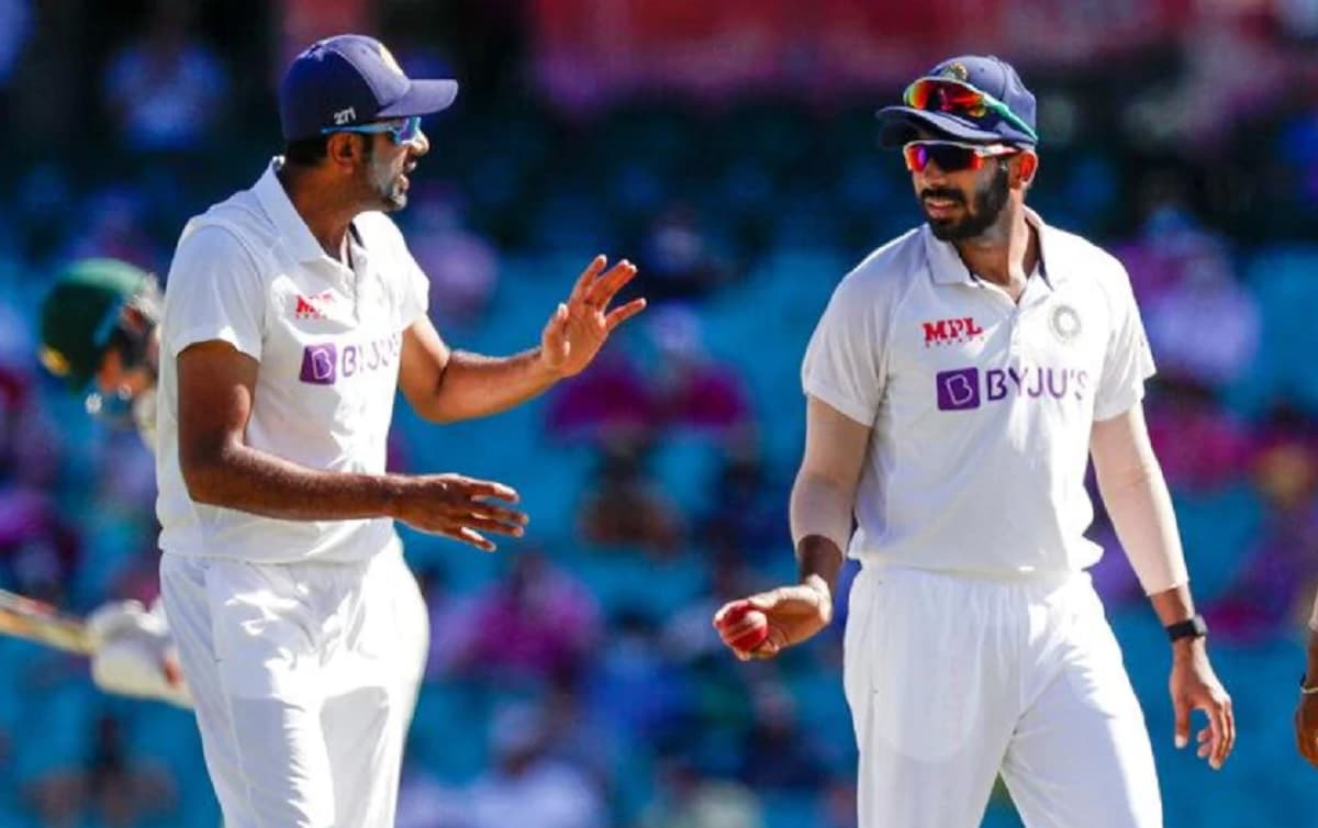 Ravichandran Ashwin and Jasprit Bumrah