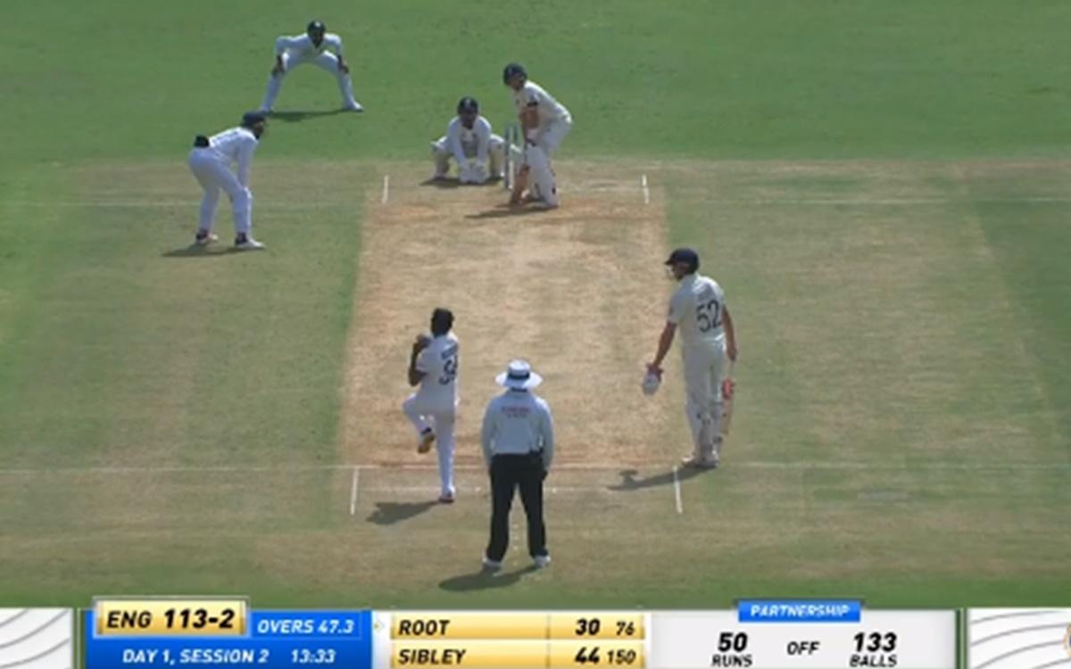 Cricket Image for VIDEO: 'बॉडी लैंग्वेज उठाओ भाईयों', विकेट के पीछे चिर-परिचित अंदाज में दिखे पंत