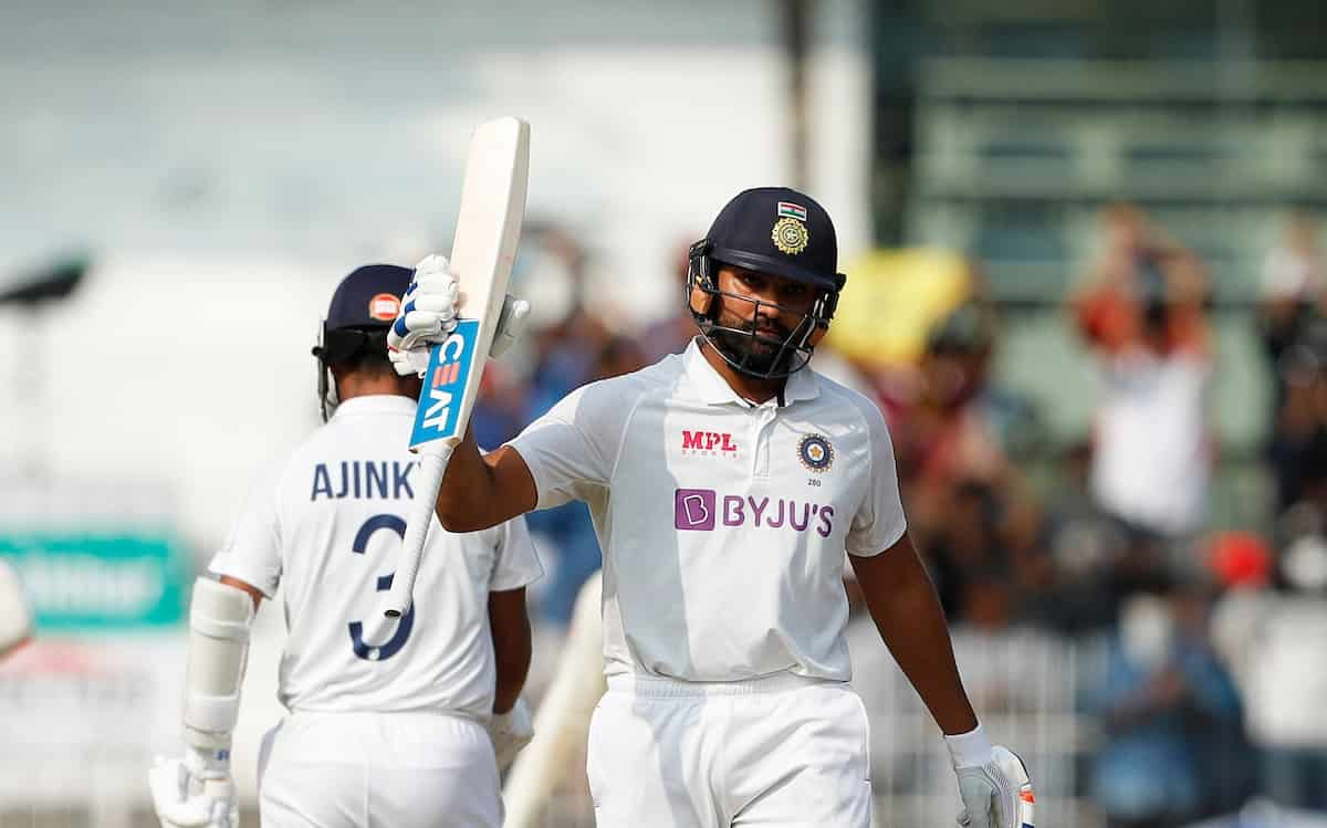 Team India finished day one on 300/6