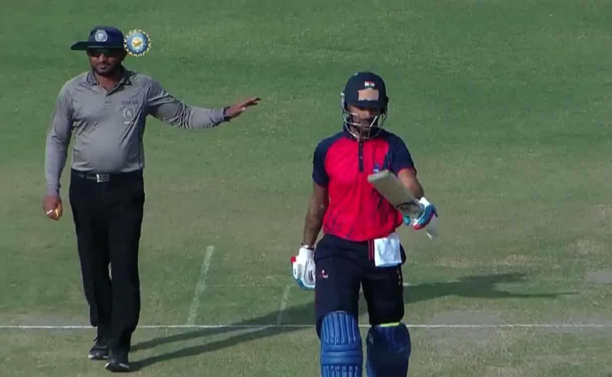 Cricket Image for फॉर्म में लौटे शिखर धवन, लगातर तीन मैच में फ्लॉप होने के बाद खेली 153 रनों की धमाक