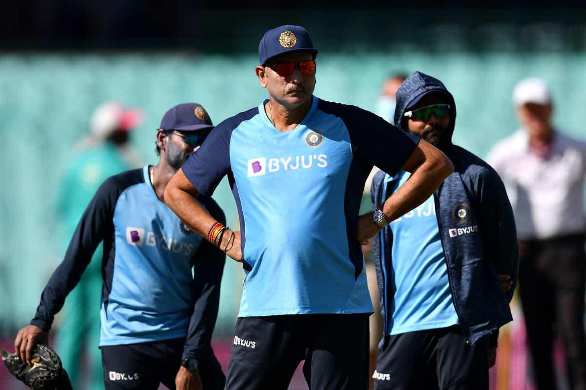 Cricket Image for Coach Ravi Shastri Indulges In 'Banter' On Twitter