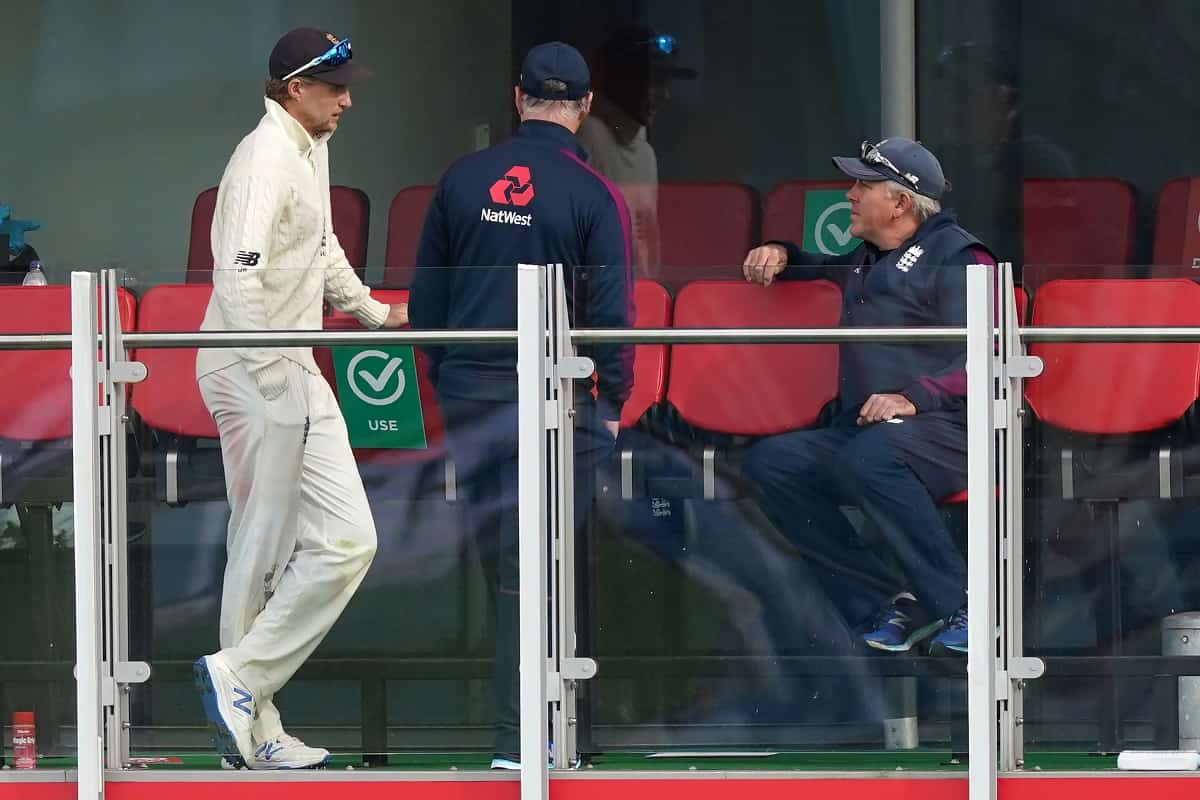 Cricket Image for England Coach And Captain Root To 'Discuss' Whether To Make A Complaint Against Mo
