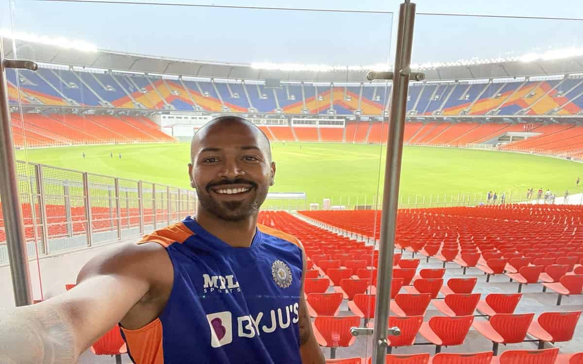 Cricket Image for IND vs ENG, Took Us An Hour To Get Used To Size Of New Motera Stadium: Hardik Pand