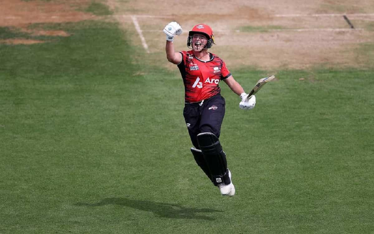 Kat Ibrahim and Thomasin Newton return to New Zealand women's team for T20 series Against England