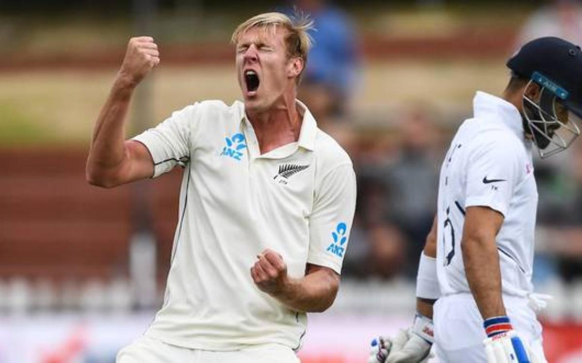 Cricket Image for 'मुझे नहीं पता था कि 15 करोड़ रुपये न्यूज़ीलैंड डॉलर में कितने होते हैं', RCB