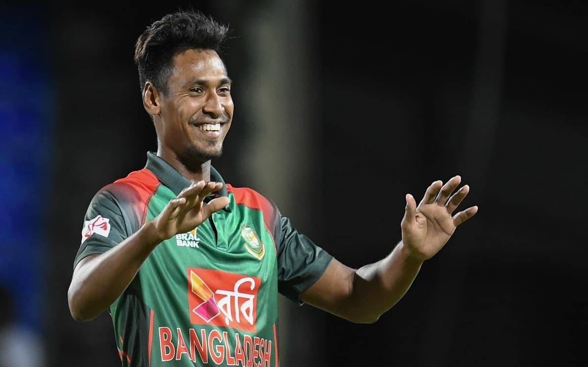 Bangladesh's Mustafizur showed patriotism Player agree to withdraw from IPL to play in national team