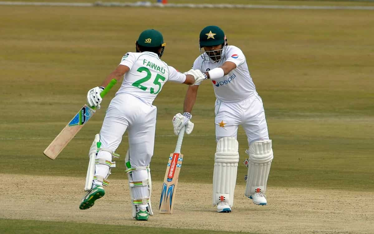 Cricket Image for PAK vs SA 2nd Test: बारिश की आंखमिचौली के बीच पाकिस्तान के इन दो बल्लेबाजों ने संभ