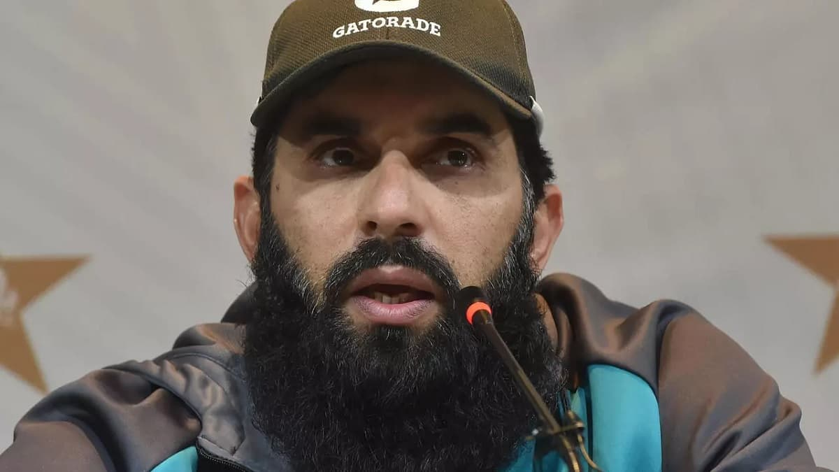 Cricket Image for Pakistan Coach Misbah Aims Top Spot In Tests After South Africa Sweep