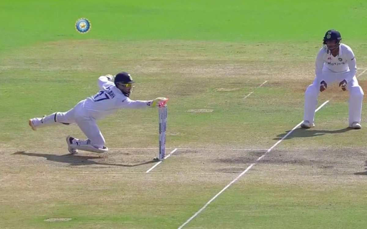 Cricket Image for VIDEO : 'कौन कहता है पंत से विकेटकीपिंग नहीं होती', ये स्टम्पिंग देखकर उड़ जाएंगे