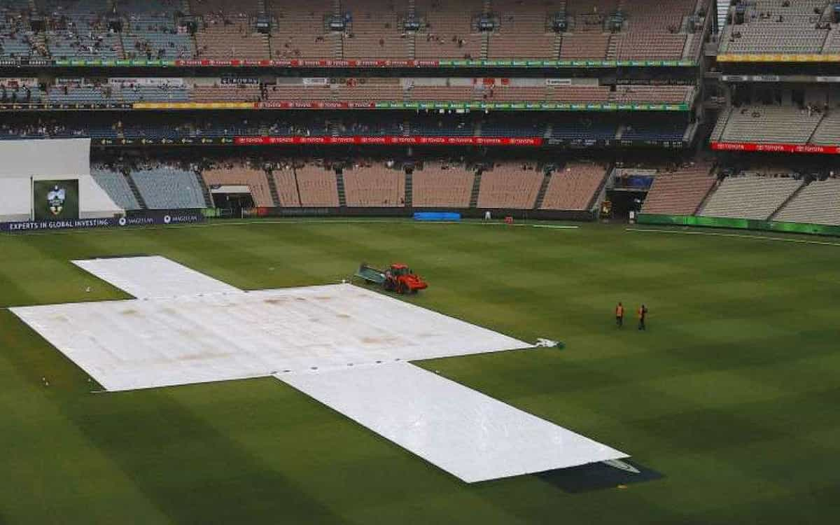 Cricket Image for South Africa's One-Day Cup Final Goes To Reserve Day After Rains