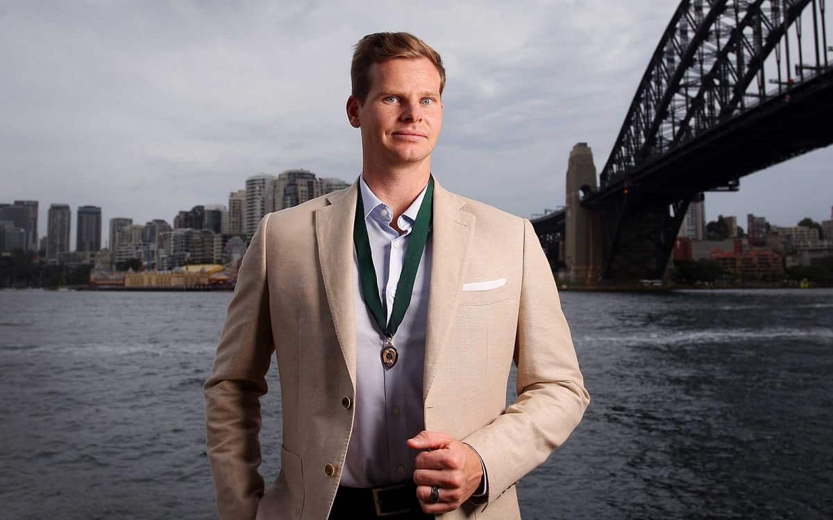 Cricket Image for Steve Smith Wins Allen Border Medal By Defeating Pat Cummins Player Shared Experie