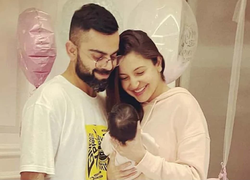 Virat and Anushka shared the first picture of the daughter on social media