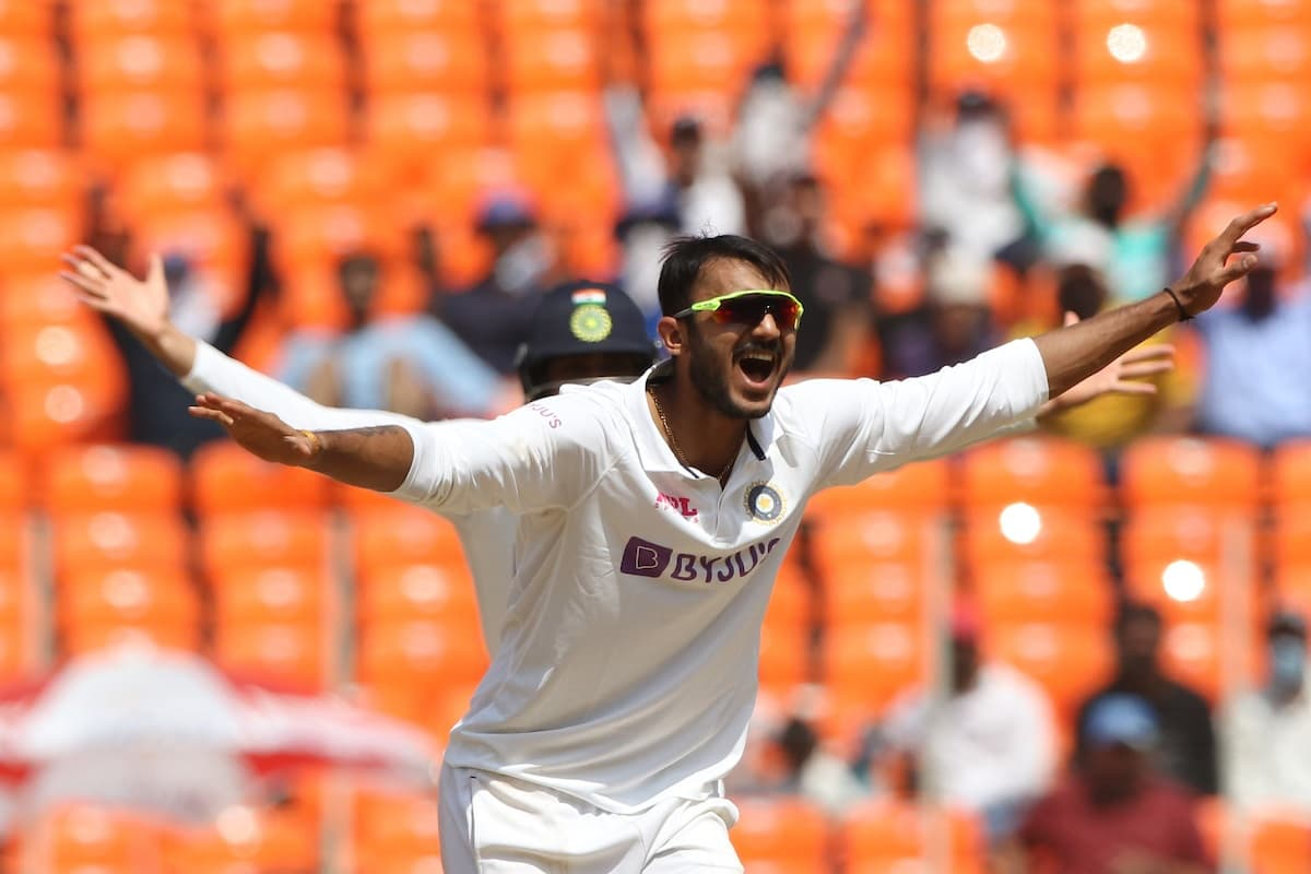England Stares At Innings Defeat As India Picks 6 Wickets In 2nd Session