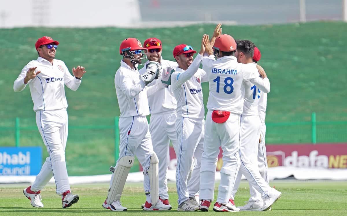 Cricket Image for AFG vs ZIM: अफगानिस्तान ने जिम्बाब्वे को कराया फोलोऑन, हासिल की विशाल बढ़त
