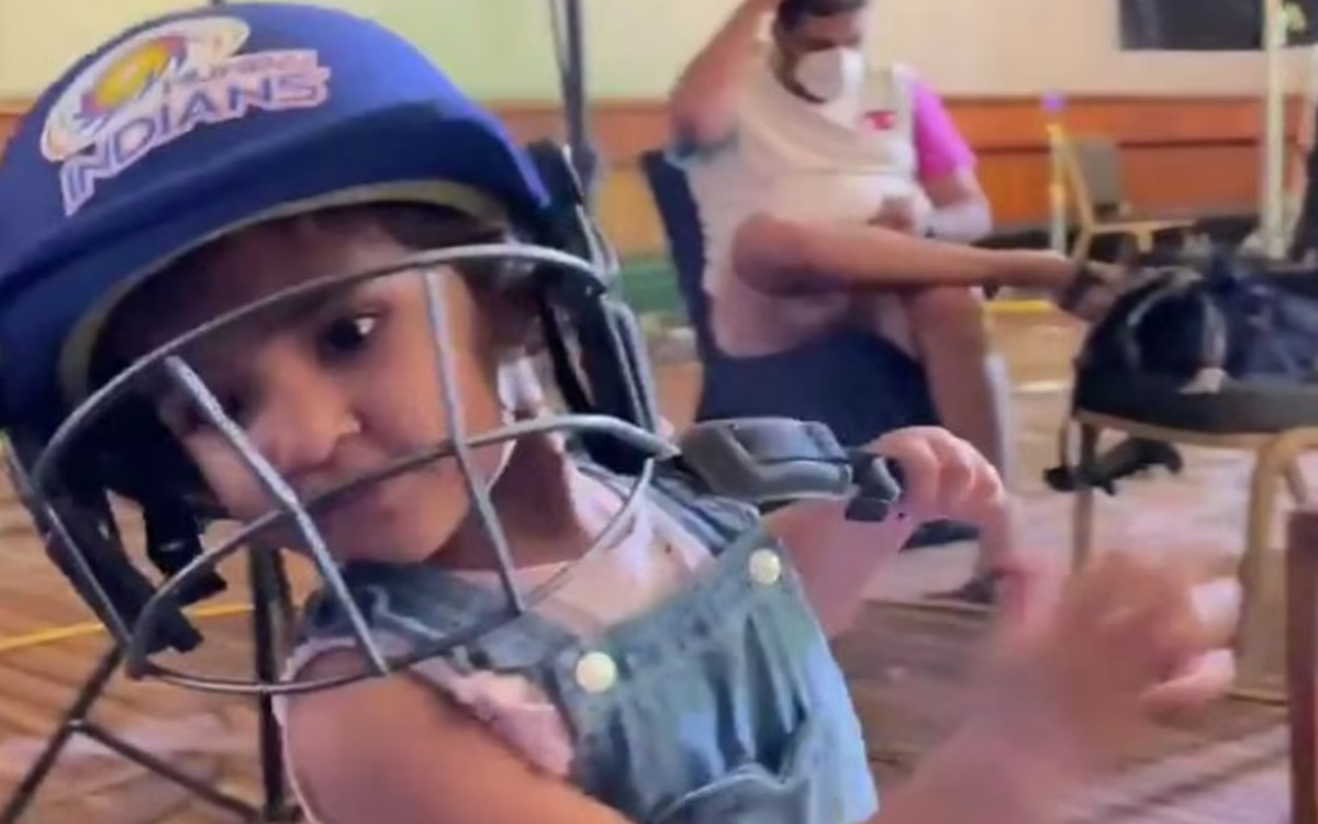 Cricket Image for Mumbai Indians Shares Video Of Rohit Sharma Daughter Samaira Watch Video