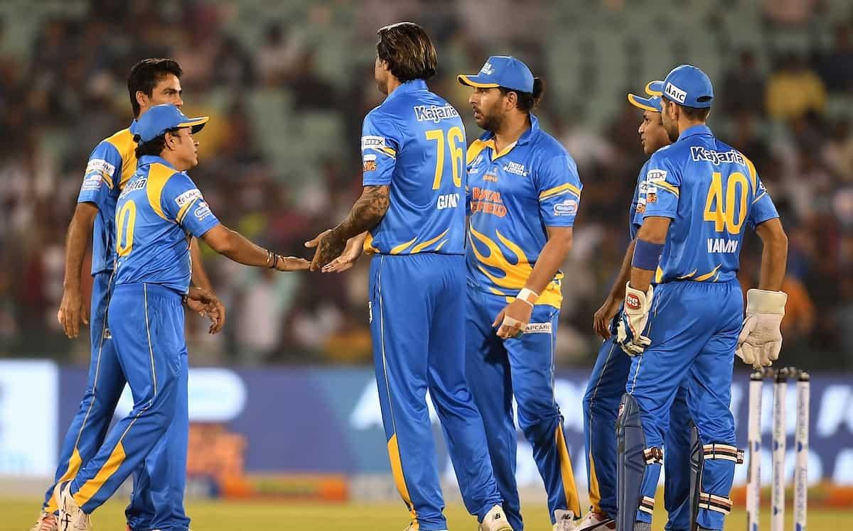 Cricket Image for Road Safety Series: रोमांचक मुकाबलें में इंडिया लेजेंड्स ने वेस्टइंडीज को 12 रनों