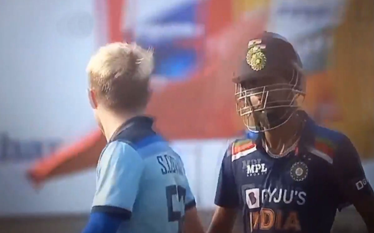 Cricket Image for Sam Curran And Hardik Pandya Fight During India Vs England 2nd Odi