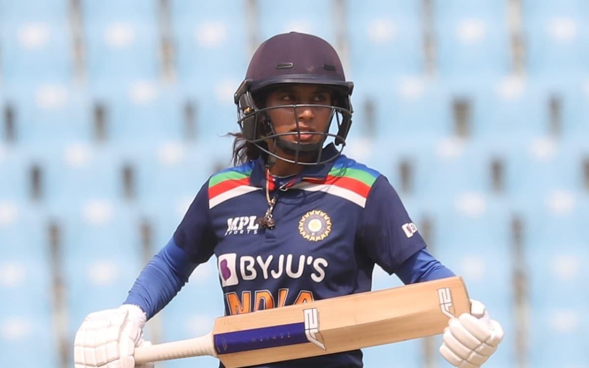 Cricket Image for मिताली राज ने बनाया एक और रिकॉर्ड, 7000 वनडे रन बनाने वाली पहली महिला क्रिकेटर बनी
