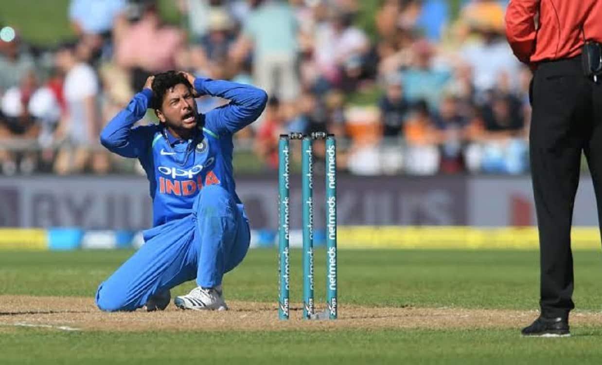 Cricket Image for कुलदीप यादव ने बनाया शर्मनाक रिकॉर्ड, एक मैच में सबसे ज्यादा छक्के लुटाने वाले भार