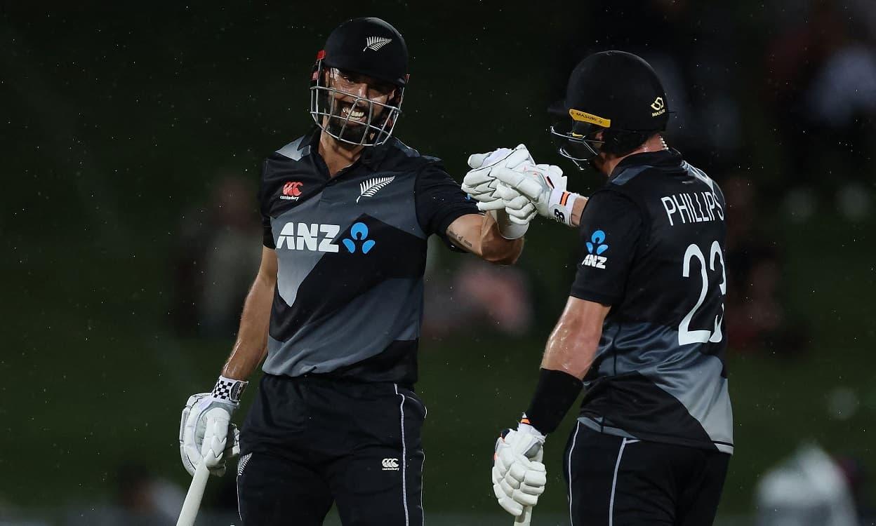 Cricket Image for NZ vs BAN: न्यूजीलैंड ने दूसरे टी-20 में बांग्लादेश को 28 रनों से हराया,ग्लेन फिलि
