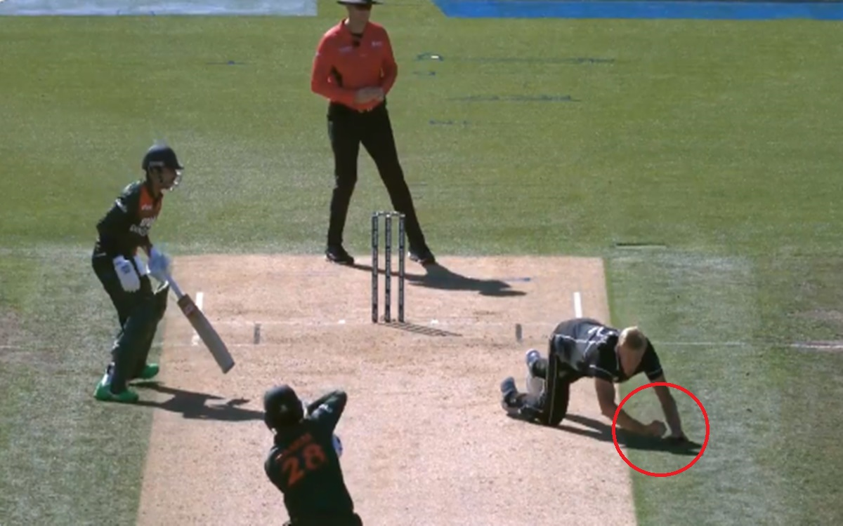 Cricket Image for New Zealand Vs Bangladesh Soft Signal Rule Was Once Again Question After Kyle Jami