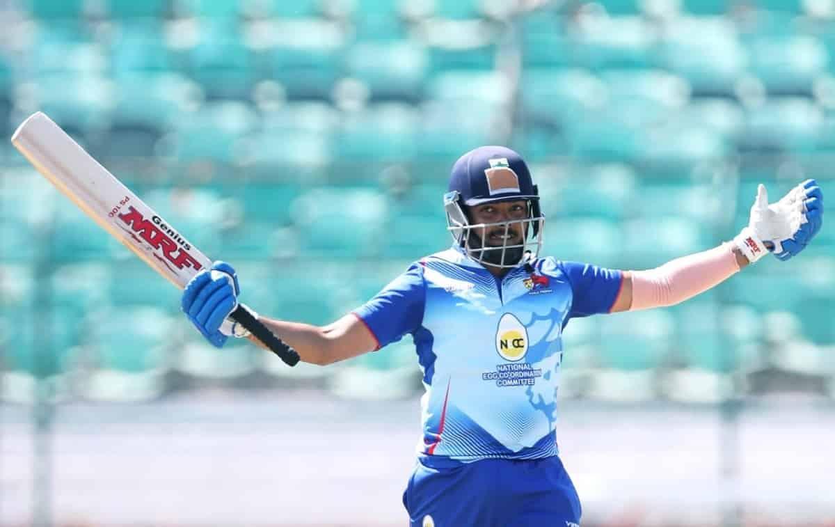 Cricket Image for पृथ्वी शॉ ने खेली 185 रनों की तूफानी पारी, एक साथ तोड़ा धोनी-कोहली का अनोखा रिकॉर्