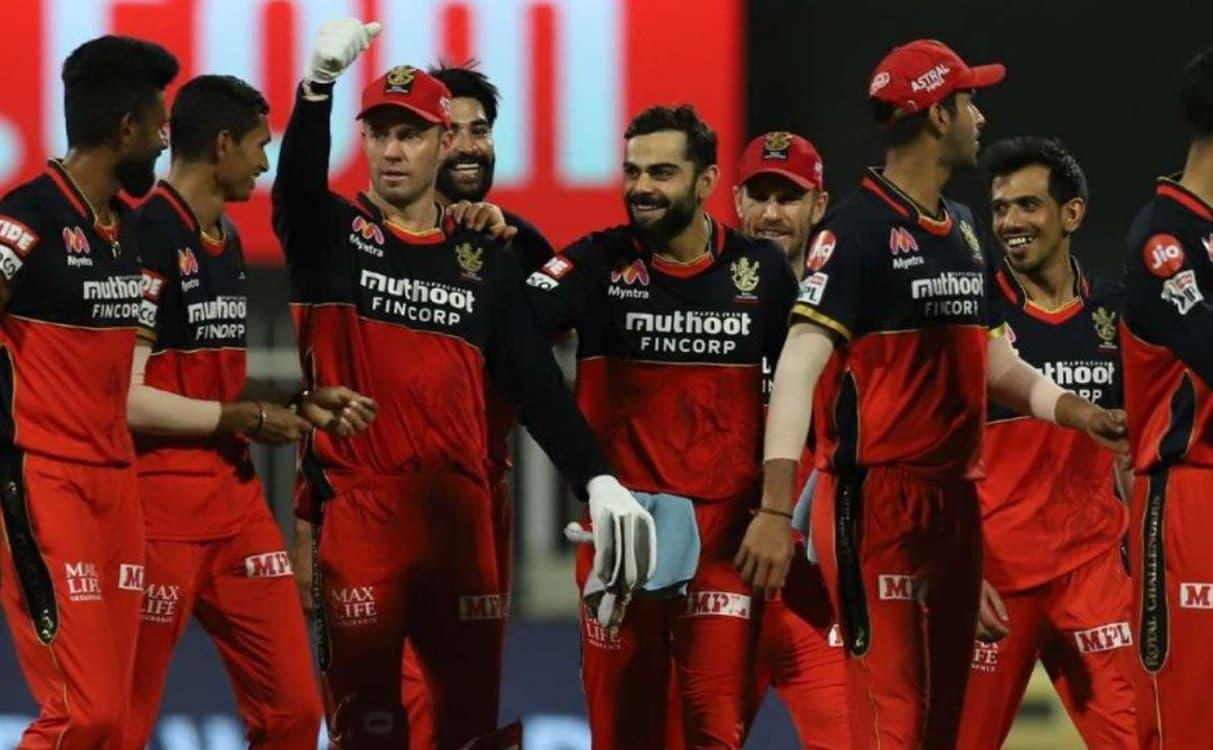 Cricket Image for IPL 2021: रॉयल चैलेंजर्स बैंगलोर के खिलाड़ियों ने शुरू की ट्रेनिंग,कोहली-डी विलियर