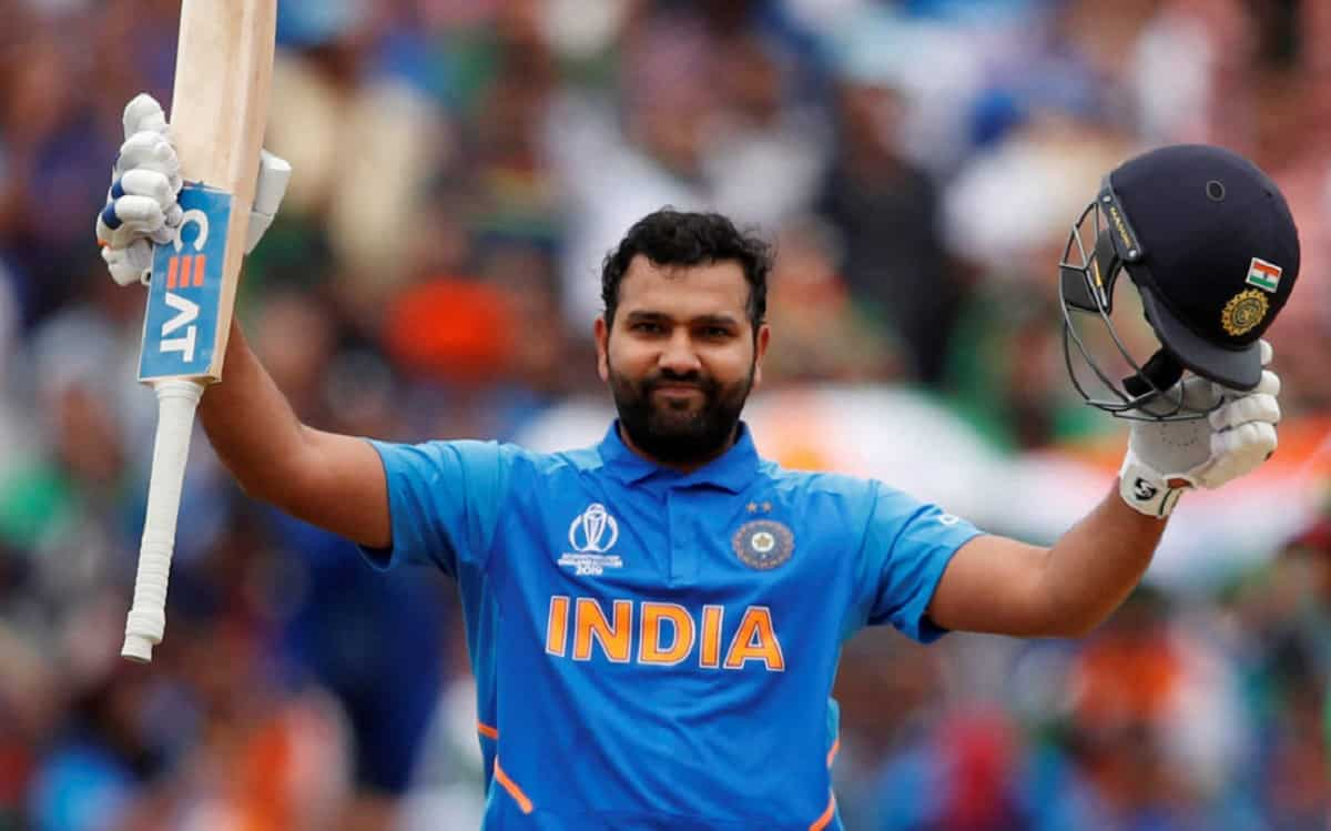 Rohit Sharma needs 26 to complete 9000 runs in t20 cricket