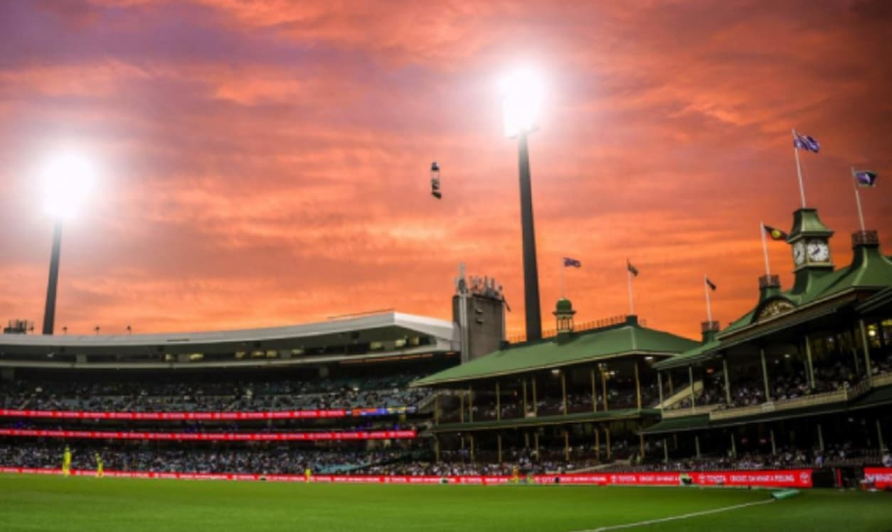Cricket Image for Aussie Women Cricketers Finally Get A Statue