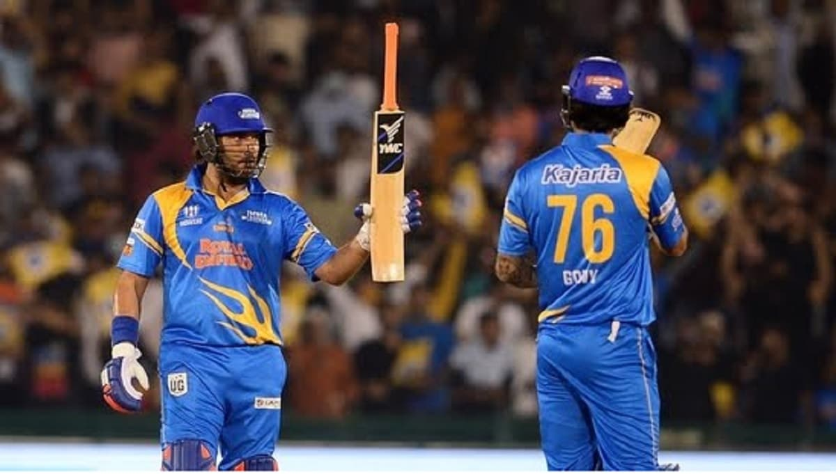 Watch VIDEO: Yuvraj Singh smashes four sixes in a row in Road Safety World Series 2020-21