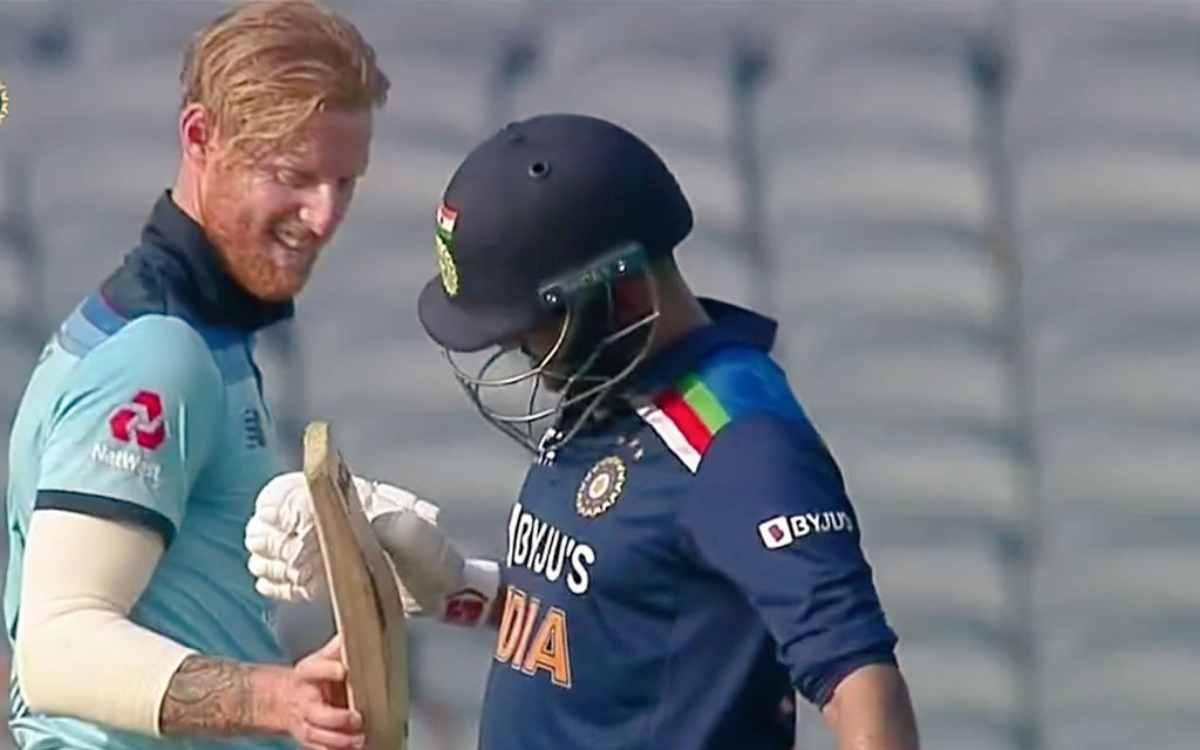 Cricket Image for VIDEO : शार्दुल का छक्का देखकर बेन स्टोक्स रह गए हक्के-बक्के, बाद में जाकर चैक किय