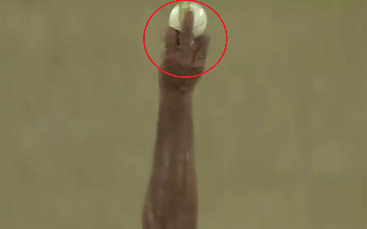 Cricket Image for  During India Vs England Match Shardul Thakur Shows Middle Finger Picture Goes Vir