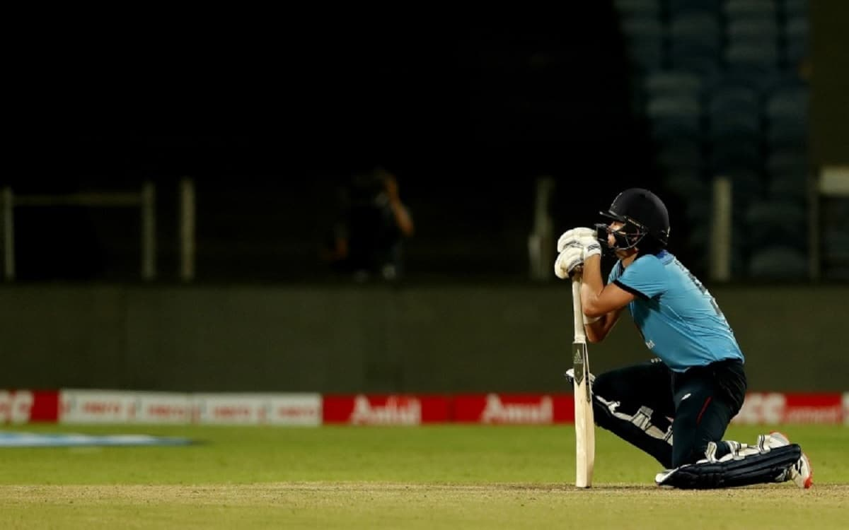 Cricket Image for England Cricket Team Could Not Win Even With Man Of The Match Sam Currans Batting