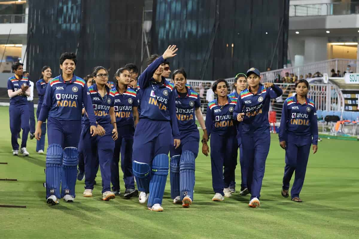 Cricket Image for Gayakwad, Shafali Star In India's Consolation Win Against South Africa In 3rd T20I